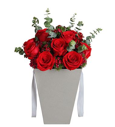 上海-11枝红玫瑰花...