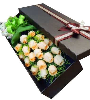 上海-19枝香槟玫瑰...